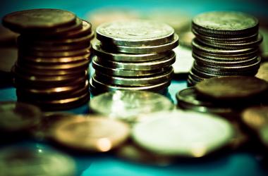我們不是擁有金錢,我們只能管理金錢,因為萬有都是上帝的,因此錢我們不可能永遠擁有,但是在我們手上時,怎麼管理就是關鍵了…