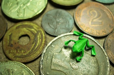 不是說金錢就一定邪惡;但如果我們把積攢金錢當成人生目標的話…