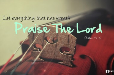 在黑雲中他試你的聲音。在憂傷中他教你唱歌的表情。在患難中他練你的氣。在試煉中他教你發音的準確。